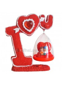 Couples Statue with I Love U